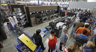US consumers boost spending in October