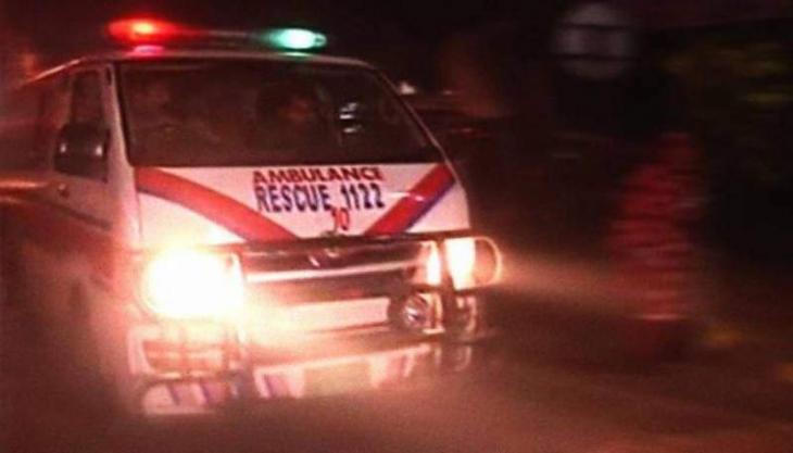 Accident claims two lives, injures 15 in Faisalabad