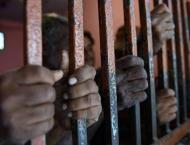 3 drug-peddlers held with imported liquor in Multan