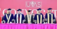 Chancellor/Governor Punjabchairs 11th UVAS Convocation;1,470 graduates awarded degrees, 78 medals
