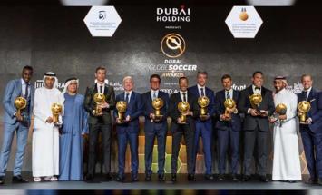 نجوم كرة القدم يستعرضون في دبي تجاربهم ..
