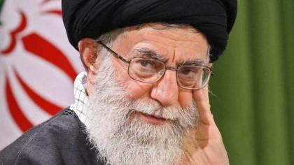 ماذا یقول المرشد الأعلی الایراني خامنئي ؟ بمناسبة ذکري اعدام الرئیس العراقي صدام حسین