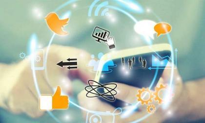 'Pakistan should move towards digitalization for progress'