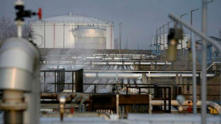 Ukraine, Russia sign oil transit deal for next decade