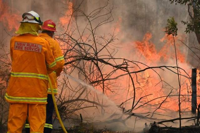 'Mega fire' forms north of Sydney