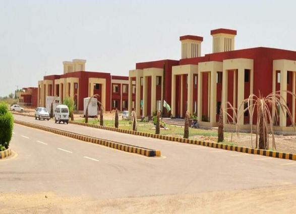 Fourth convocation of Shaheed Mohtarma Benazir Bhutto Medical University Larkana held
