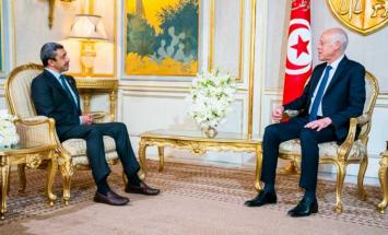 رئيس تونس يستقبل عبدالله بن زايد