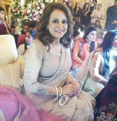 "Veteran actress Bushra Ansari speaks up about ""Divorce"""