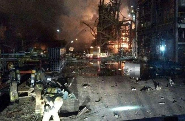 Two killed, 8 hurt in blast at Spain chemical plant