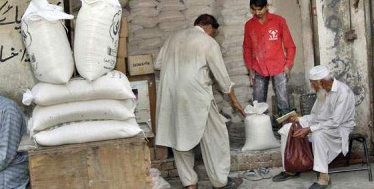 24 points set up for selling flour at fixed rate in Sialkot