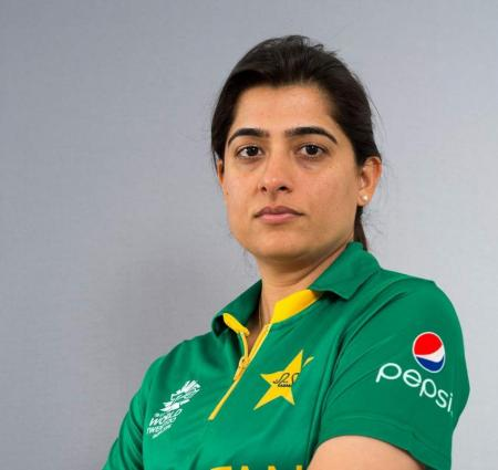 Fans ask why Sana Mir was not selected for Women's T20I World Cup