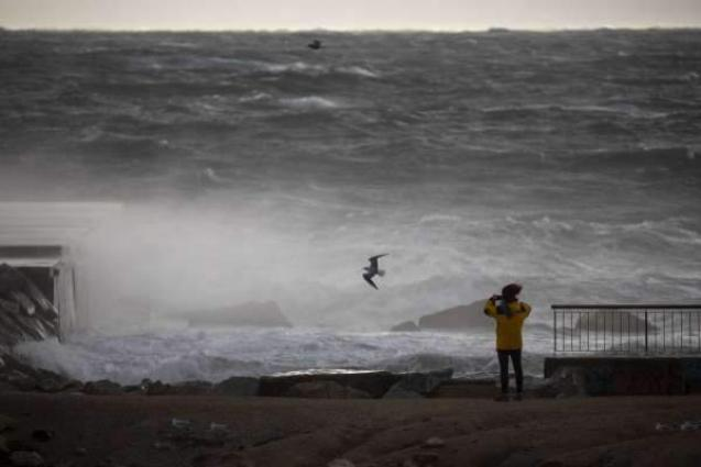 Deadly storm lashing Spain closes schools, cuts power