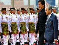 Imran, Mahathir agree to explore trade, investment potential
