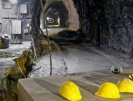 Zimbabwe mine collapse traps 20 underground