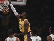 LeBron outguns Zion as Lakers clip Pelicans
