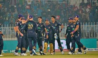 Gladiators beat United to go on top of HBL PSL 2020 points table ..