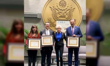 كليات التقنية العليا تحصد الجائزة العالمية ..