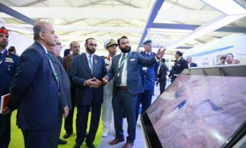 البواردي يلتقي وزير الدفاع الهندي و ..