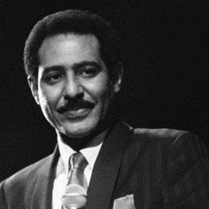 وفاة الفنان السوداني عبدالعزیز المبارک عن عمر 69 عاما في مدینة قاھرة