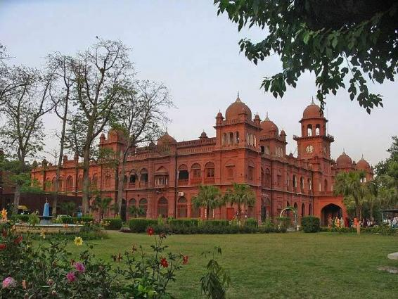 Diplomats delegation from 24 countries visit Punjab University