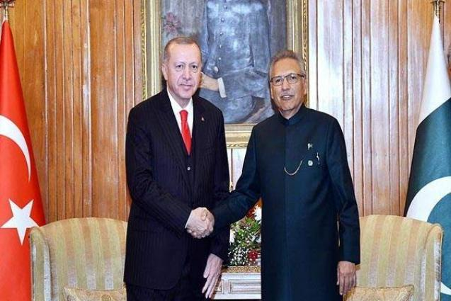 Pakistan-Turkish leadership affirm to support each other on issues of national interest