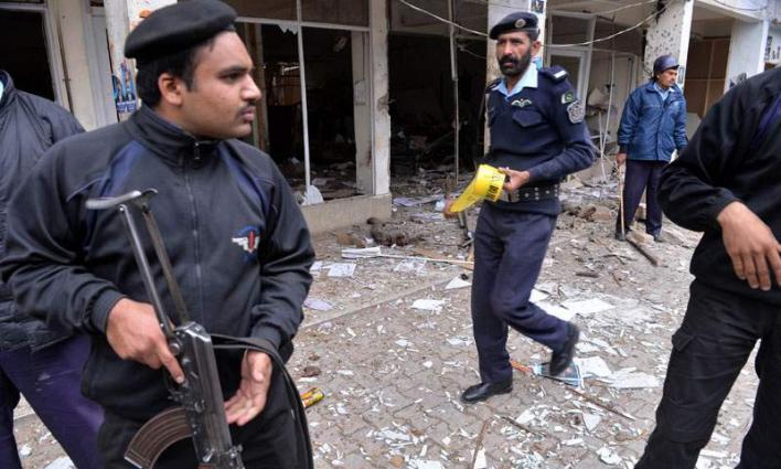 Youth, attacker killed in children court firing in Peshawar