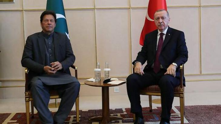 Pakistan, Turkey sign 13 documents to boost bilateral ties in trade, defence, tourism