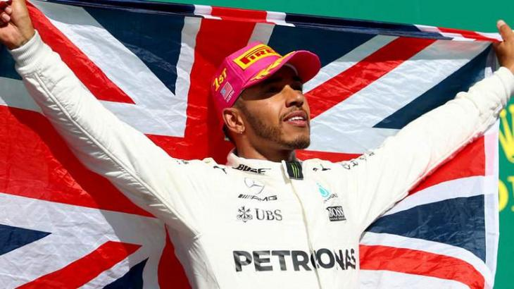 World champion Hamilton says Verstappen comments 'sign of weakness'