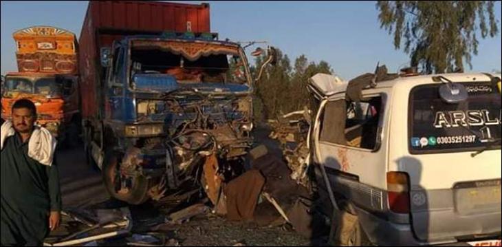 Van-dumper collision claims 5 lives on Pindi-Fateh Jang road