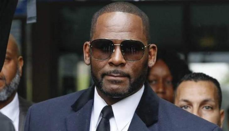 R. Kelly hit with updated federal charges in Chicago
