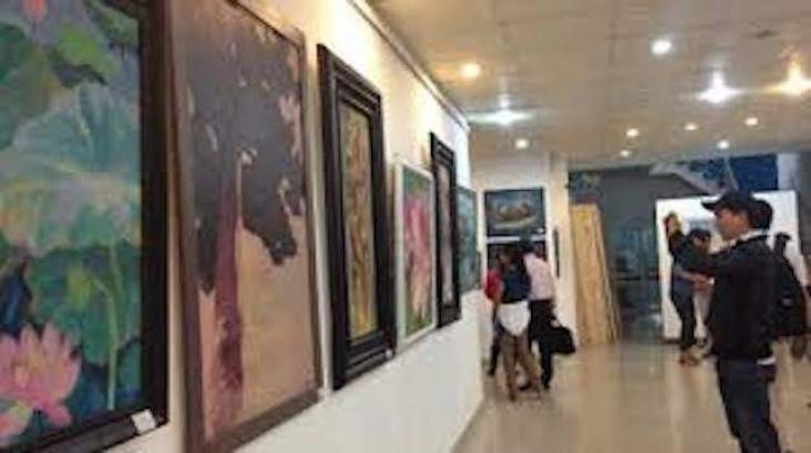 Paintings' exhibition opens at Cancer Art Gallery