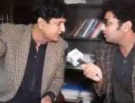 Khalil-ur-Rehman Qamar 'goes mad' with UrduPoint
