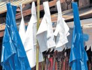 Plastic bags appear again in markets despite ban