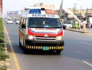 One killed, two hurt in road mishap in Multan