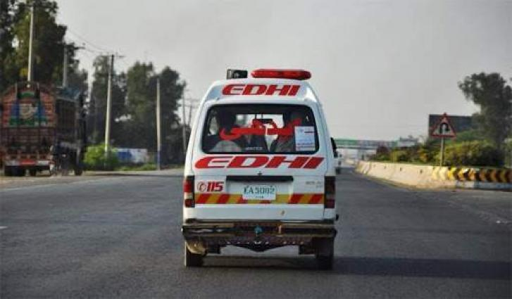 5 killed, 2 injured in road accident in Mandi Bahauddin