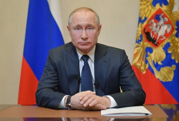 Putin delays reforms vote, holds back on tough virus measures