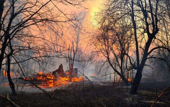 Chernobyl Forest Fire Nears Nuclear Waste Storage Site