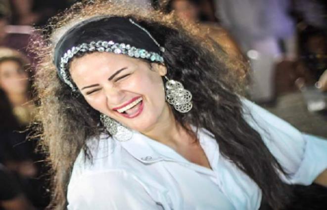 السجن أربعة أیام لممثلة مصریة بتھمة التحریض علي الفسق و الفجور