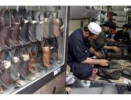 Eid shoppers throng to Peshawari Chappal outlets amid easing of l ..