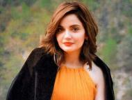Armeena Khan takes short break from social media