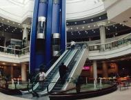 Shopping malls reopen in Ukraine capital