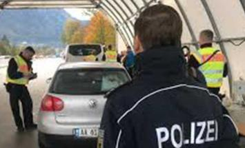إعادة فتح الحدود النمساوية الألمانية ..