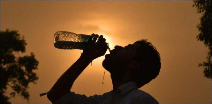 Sukkur braves dry and hot weather