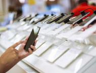 Global smartphone sales plunge 20% in pandemic-hit quarter