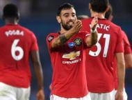 Fernandes stars as Man Utd momentum builds