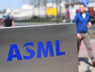 Dutch chip tech maker ASML resists virus to post growth