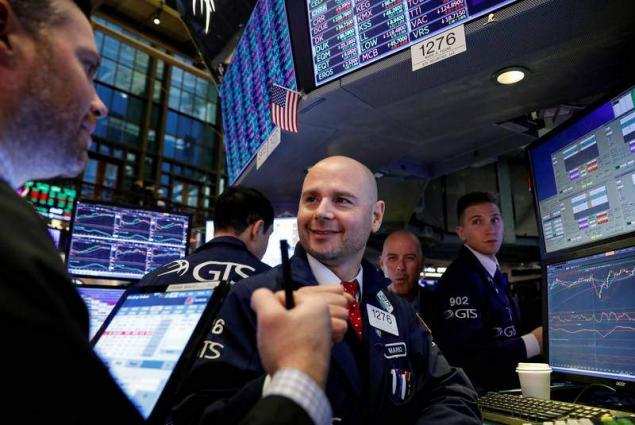 Dow Jones jumps at open as USA job growth accelerates
