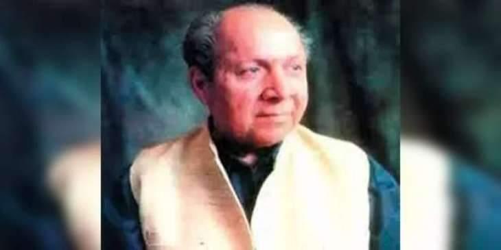 Renowned poet, lyricist Qateel Shifai remembered today