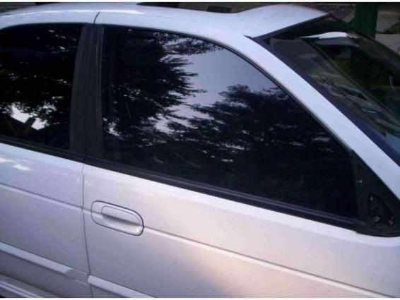 13,583 Tinted Glass Vehicles Fined During Ongoing Year - UrduPoint