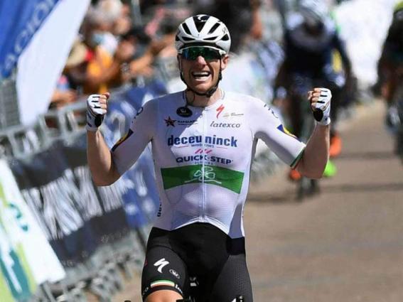 Sam Bennett grabs Burgos stage after late crash
